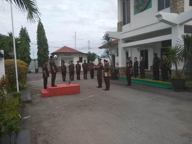 Photo of Upacara Peringatan HUT PJI Yang Ke-25 Di Kejaksaan Negeri Dumai