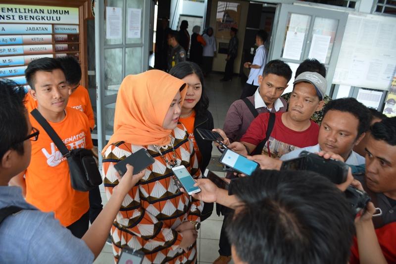 Photo of Senator Riri: Segera Sahkan RUU Penghapusan Kekerasan Seksual