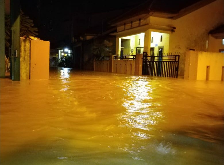 Photo of Banjir Landa kelurahan Kenali Asam Bawah