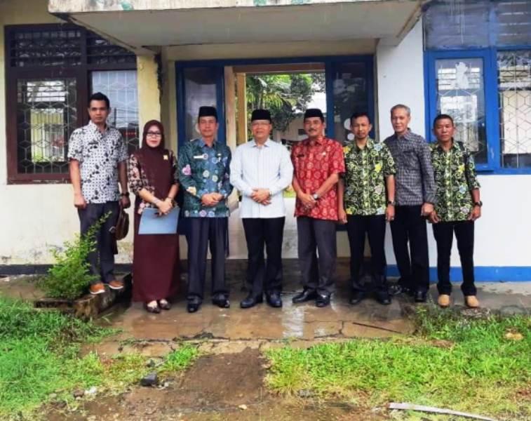 Photo of Pemindahan Kantor Dinas TPHP, Gubernur Tinjau Eks Kantor KONI Bengkulu