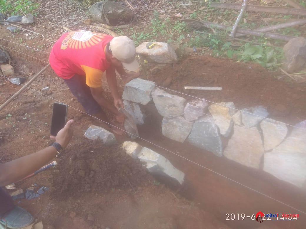Photo of Pekerjaan Diduga Asal Jadi, Kades Berdalih: Itu Tidak Gunakan DD