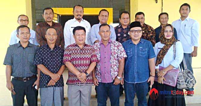 Photo of Kunker Anggota DPRD Merangin Jambi Ke Benteng Disambut Sekda