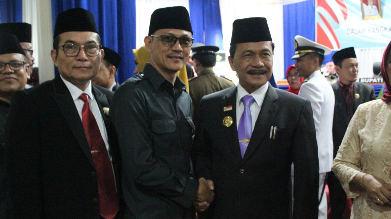 Photo of Sah!!!! 25 Anggota DPRD Benteng Resmi Dilantik