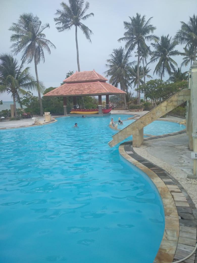 Photo of Kolam Pemandian Parai Beach Resort Diduga Kotor