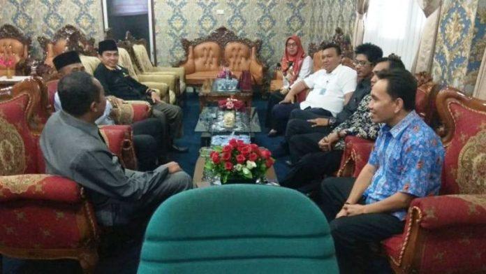 Photo of KPU Kunjungi  DPRD Kota, Disambut Tiga Unsur Pimpinan