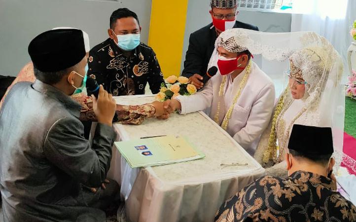 Photo of Bupati Jadi Saksi Nikah Ketua DPC SMSI Bekasi