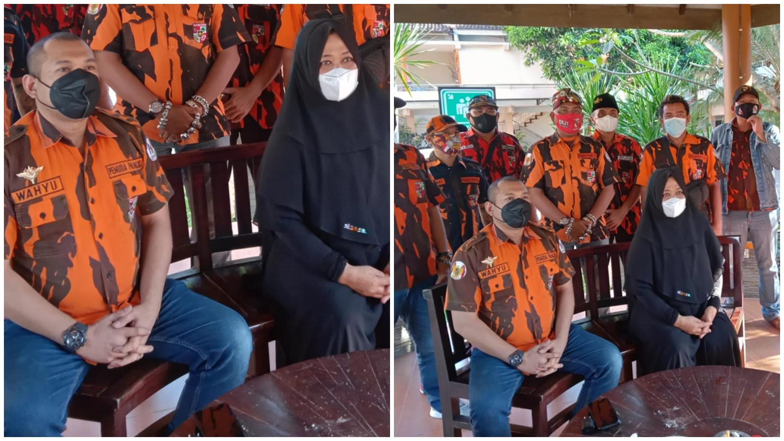 Ketua MPC Pemuda Pancasila Kabupaten Blitar, Henrin Mulat Wiyati Didampingi Wahyu Selaku Ketua Komando Inti Surabaya dan Kader Pemuda Pancasila saat Jumpa Pers