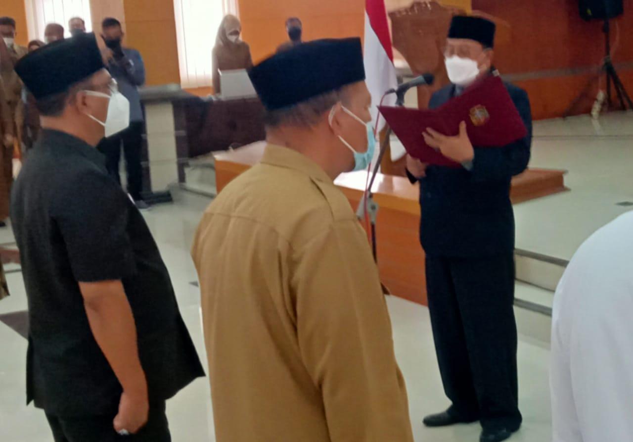 Walikota Blitar, Santoso saat melakukan Pengukuhan FKUB