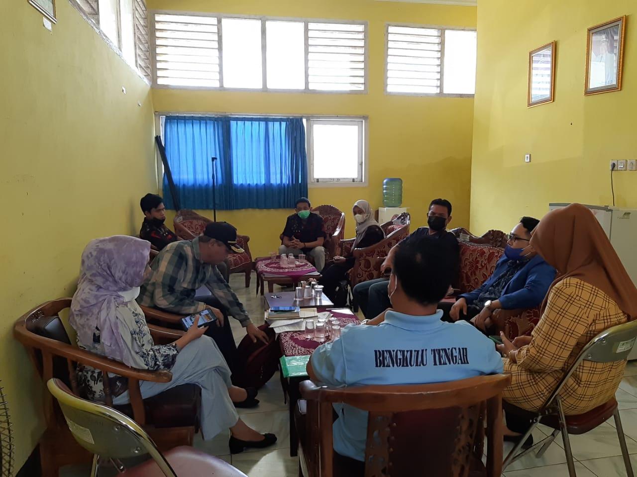 Photo of Audiensi Antara DPD Ormas BIDIK Bengkulu Dan Pihak Pemdes Kembang Ayun Difasilitasi Camat