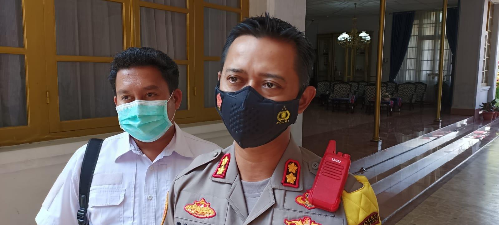 Photo of Polres Malang Akan Tindak Pelaku Pungli Pemulasaraan Jenazah Covid