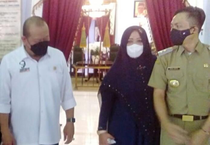 Photo of Ketua DPD RI, La Nyalla Berkunjung Ke Blitar dan Akan Perjuangkan Kekurangan Vaksin