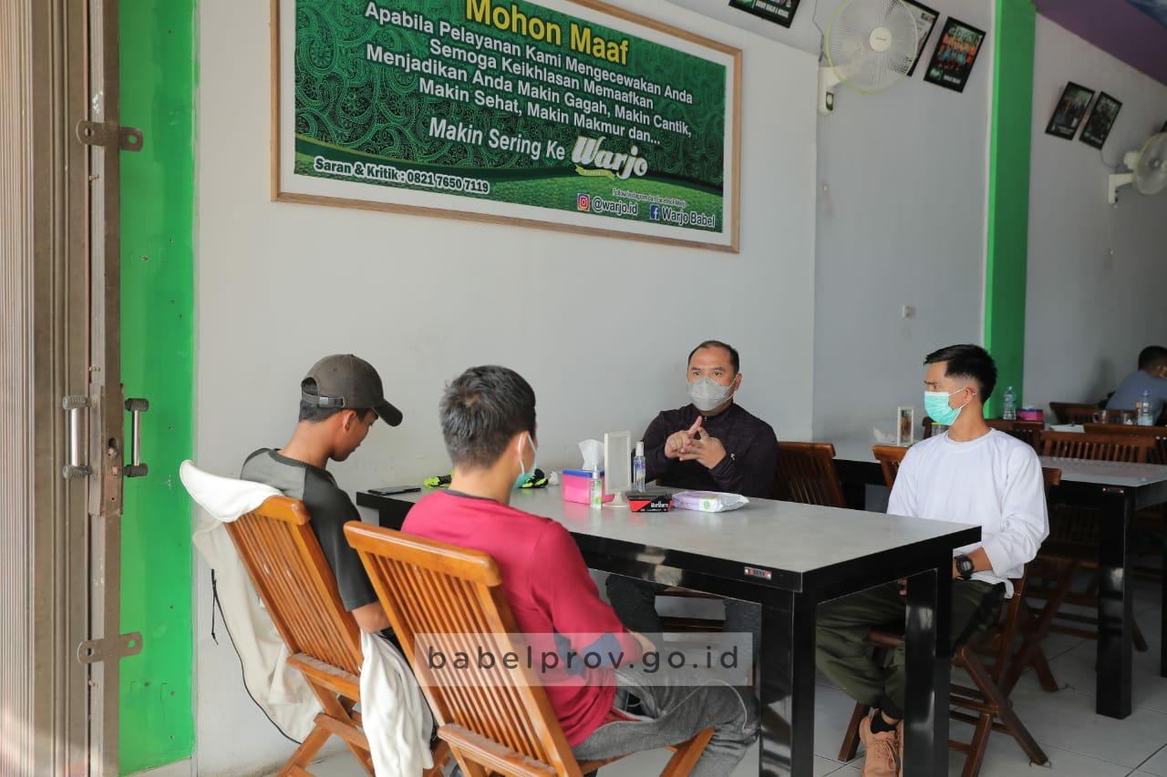 "Photo of Diskusi ""Ala Warkop"" Gubernur Bersama Mahasiswa, Santai Tapi Penting"