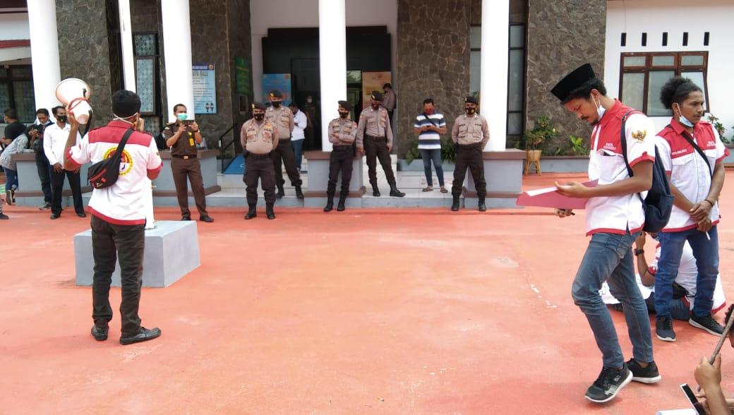 Photo of PMPRI Maluku Minta Usut Insentif Nakes Dan Dugaan KKN Pada 13 OPD Di Kejari SBB