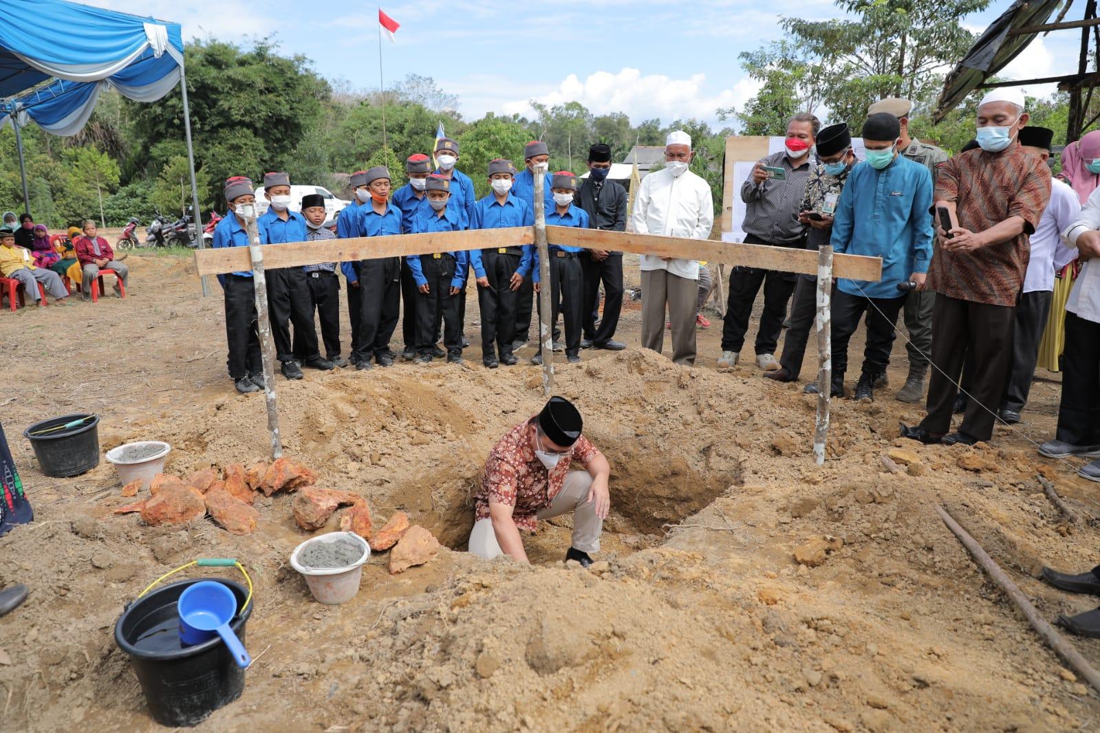 Photo of Gubernur Babel : Ku Ngeletak Batu Kedue Bai