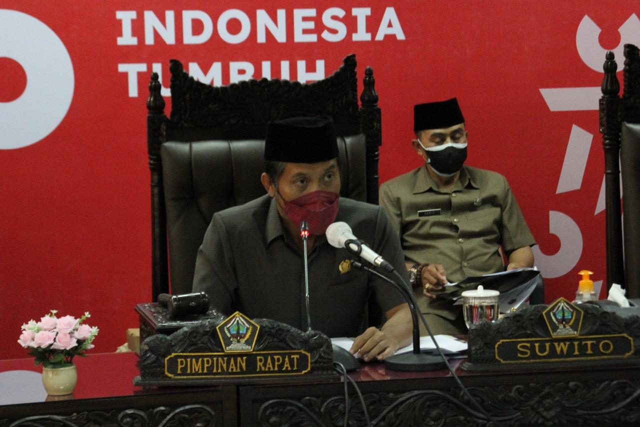 Photo of Rapat Paripurna Agenda Penyampaian Bupati Blitar Tentang Nota Keuangan Ranperda Perubahan APBD TA 2021