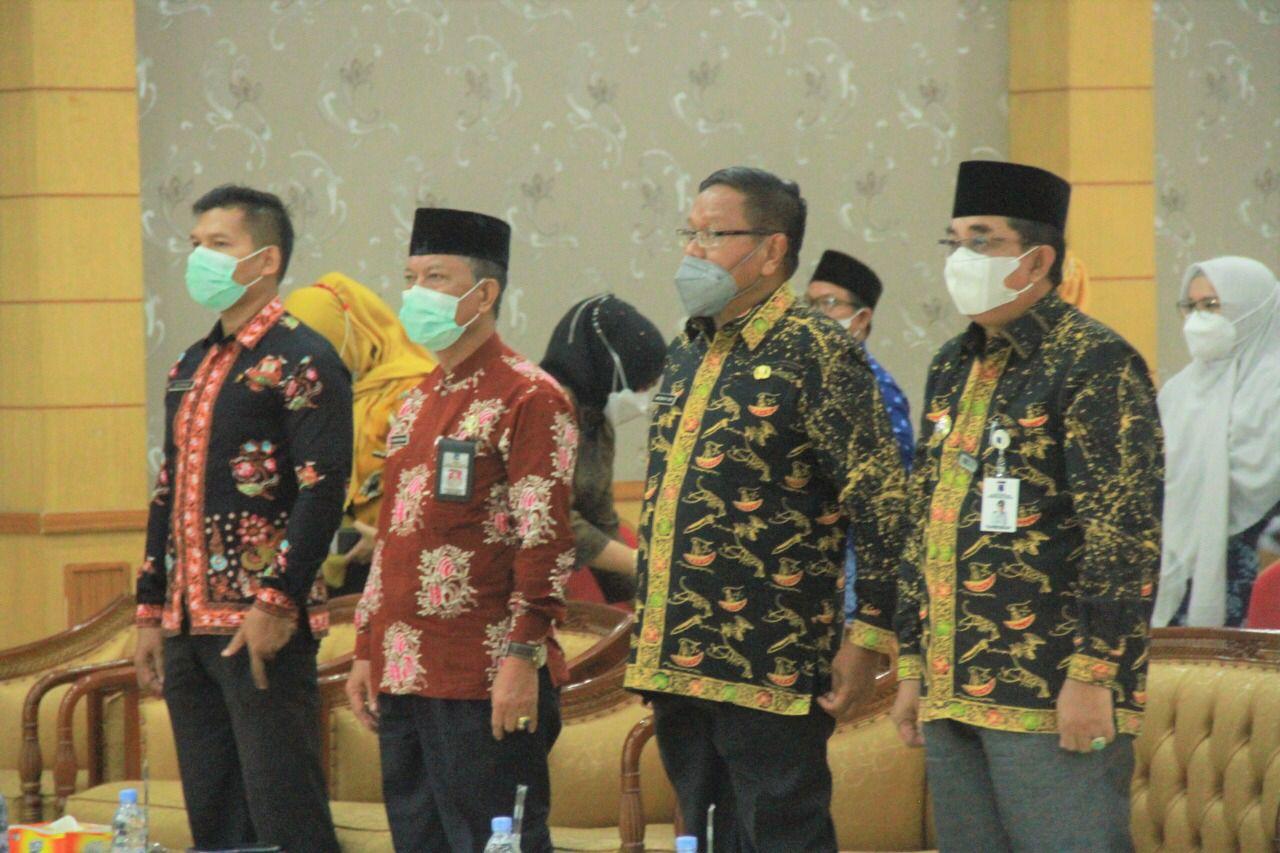 Photo of Bupati Tanjabbar Menghadiri Pengukuhan Pokja Bunda Paud