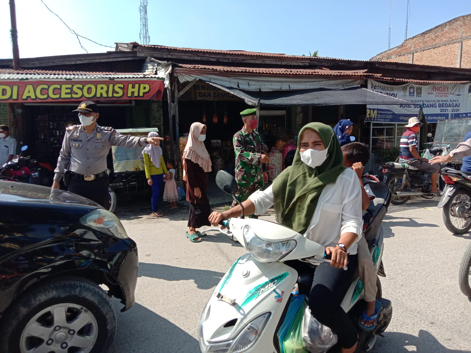 Photo of Kendalikan Penyebaran Covid-19 Polsek Teluk Mengkudu Gelar Operasi Yustisi