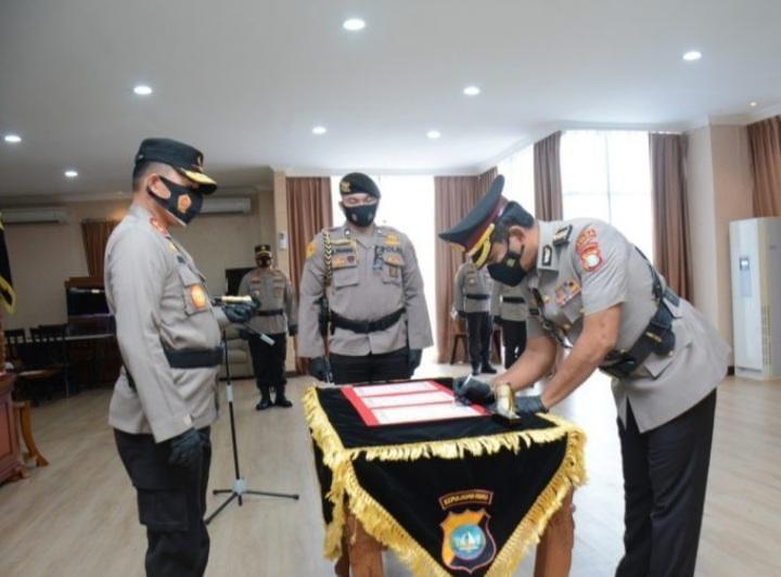 Photo of Kapolda Kepri Pimpin Upacara Pelantikan Irwasda
