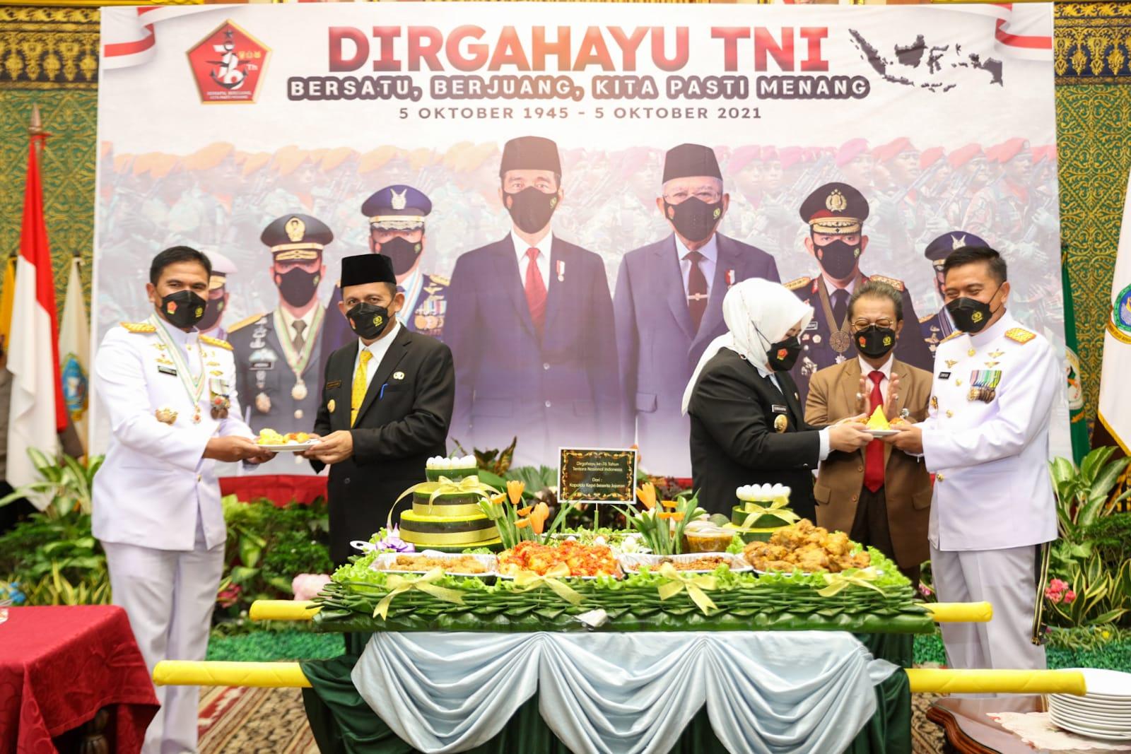 Photo of Peringatan HUT TNI Ke-76, Ini Pesan Gubernur Kepri