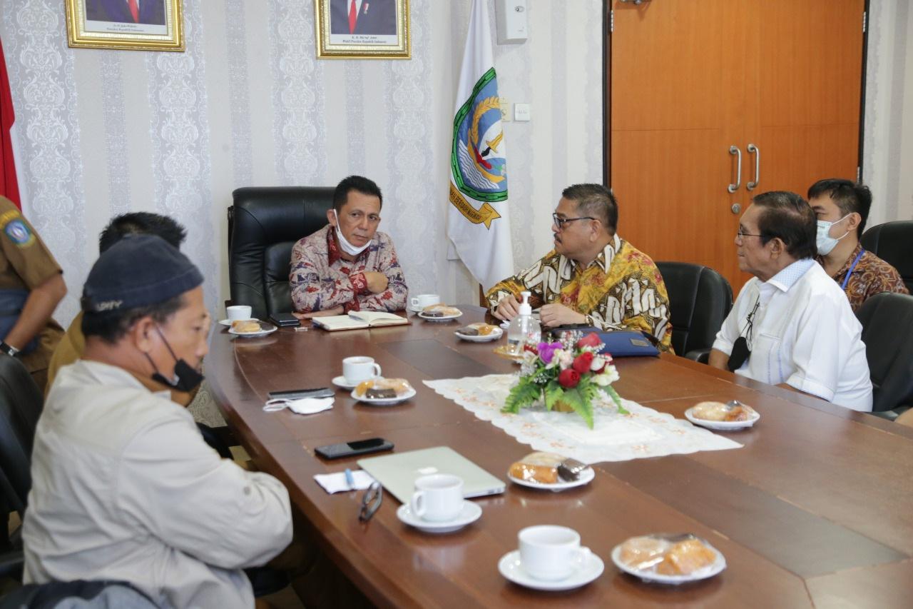 Photo of Rencana Investasi PLTS di Wilayah Kepri, Disambut Baik Oleh Gubernur