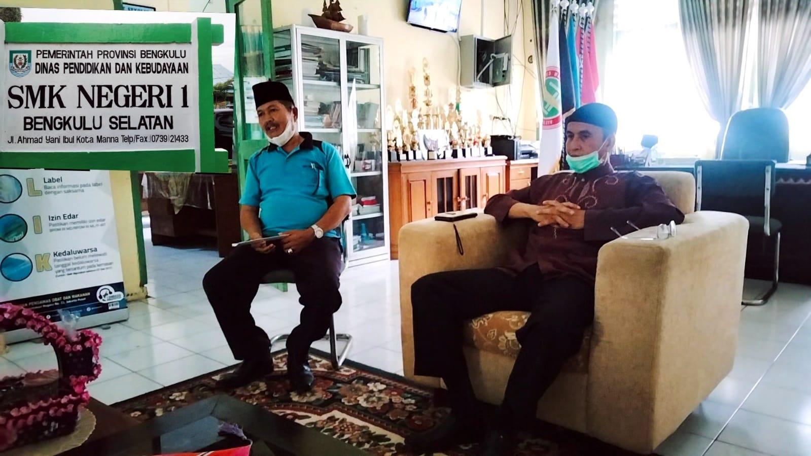 Photo of Rehab Masjid Sekolah, Biaya Dibebankan Rp 165.000,00 Kesl Siswa