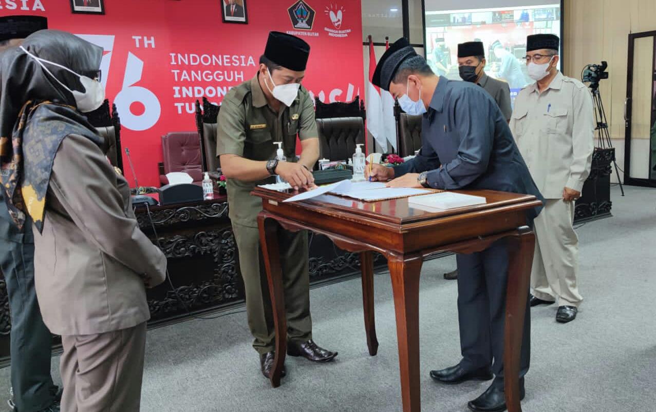 Photo of Rapat Paripurna DPRD Kabupaten Blitar Sepakati KUA PPAS Tahun Anggaran 2022