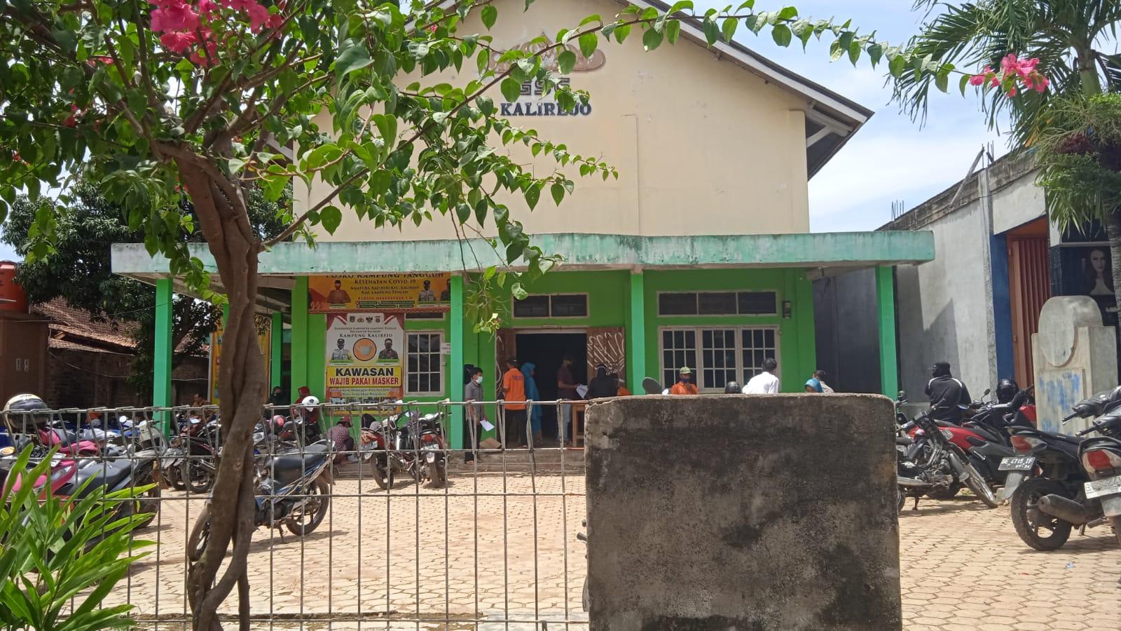 Photo of Jadwal Di Kampung Kalirejo Dadakan, Vaksin habis Warga Balik Arah Sementara
