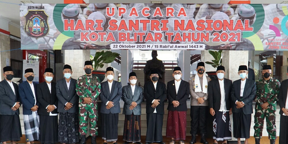 Photo of Dandim 0808/Blitar : Santri Tidak Bisa di Pisahkan Dari Sejarah Perjuangan Bangsa Indonesia