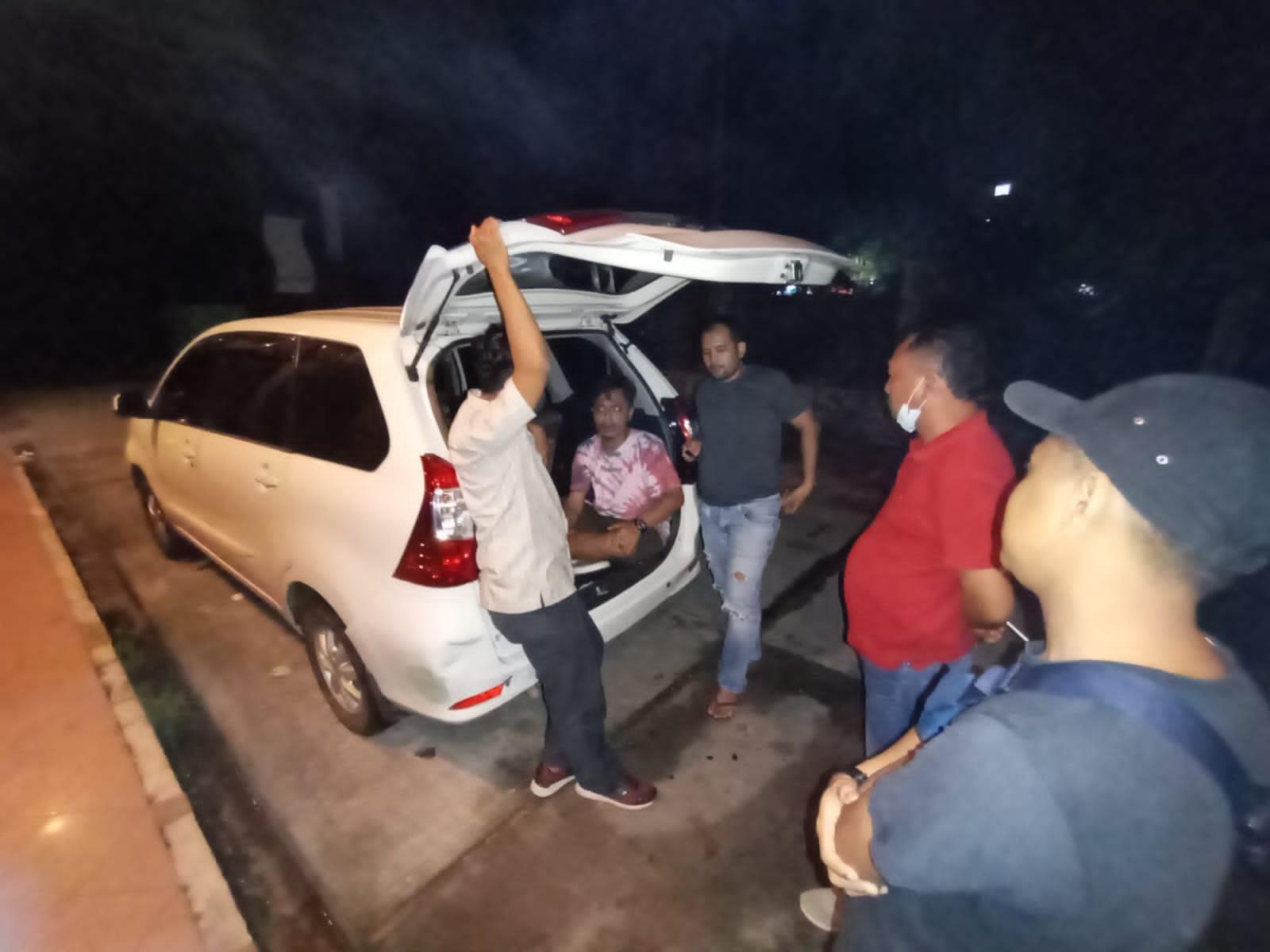 Photo of Polsek Batam Kota Ringkus Polsek Pencurian Mobil Di Mitra Raya Kota Batam