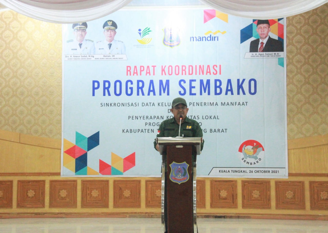 Photo of Bupati Tanjabbar Menghadiri Rakor Program Sembako Sinkronisasi Data KPM