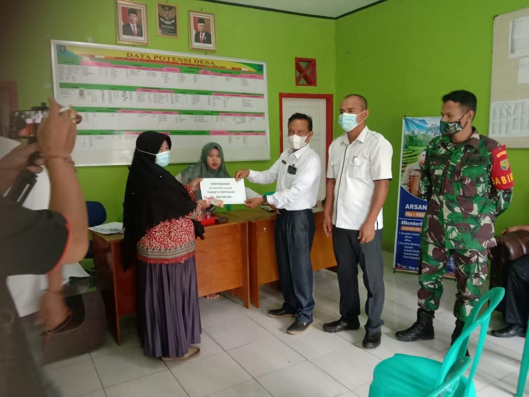 Photo of Desa Selubuk Salurkan BLT DD Tahap 10
