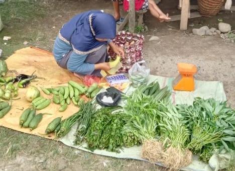 Photo of Pasar Sore Ulak Bandung Kecamatan Muara Sahung Wujudkan Kemajuan Ekonomi