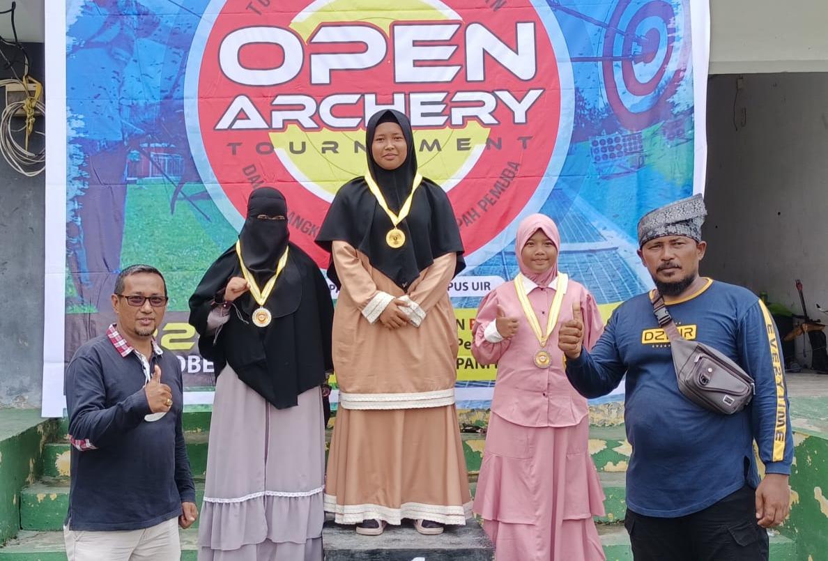 Photo of Santri Juara Panahan, M Zahir Zazuli : Sudah Saatnya MTs Diniyah Puteri Membuat Ekskul